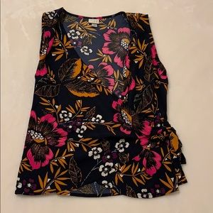 A new day Wrap Floral Blouse Tank Top Size M